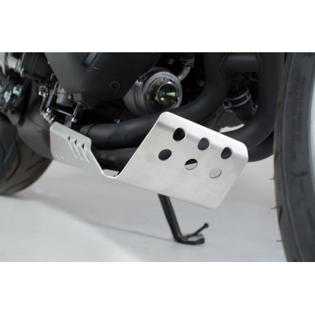 Front spoiler. SILVER. YAMAHA XSR 900 (16-) / MT-09 Tracer (14-)